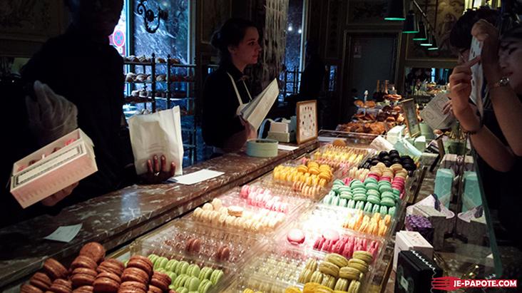 macarons paris Champs Elysees