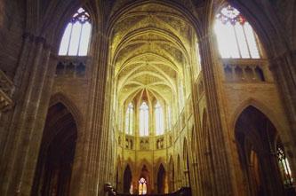 entrar a la catedral burdeos