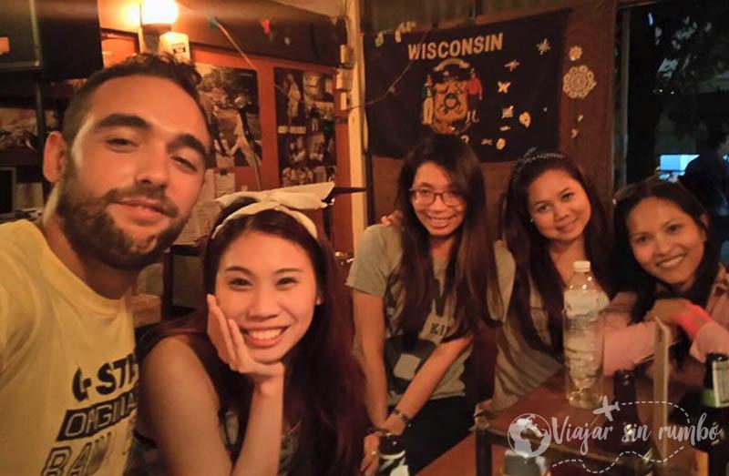 hacer amigos experiencias en tailandia