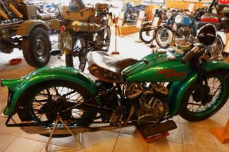 museo vehiculos clasicos guadalest