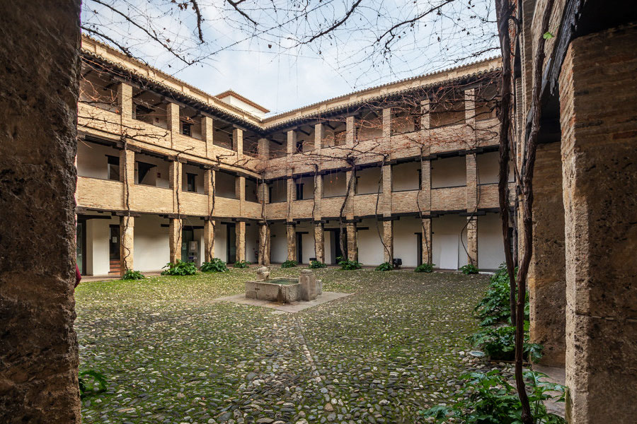 Casa del Carbón Granada