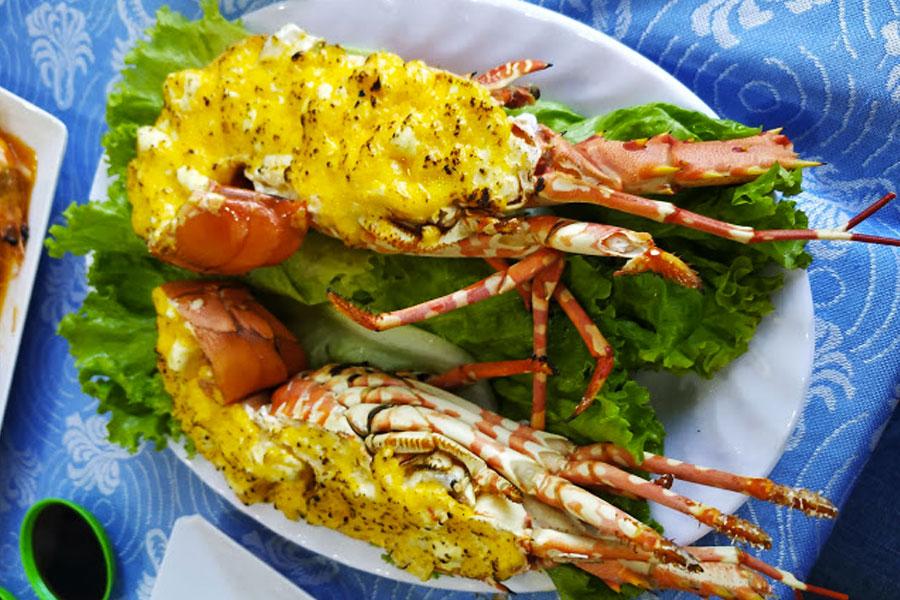 Comer langosta Nha Trang