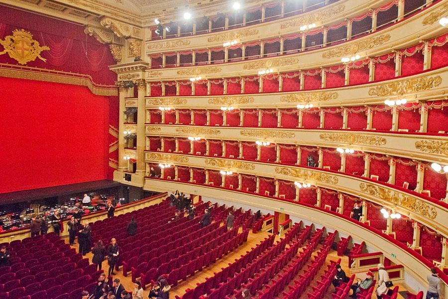 Alla Scala teatro Milan